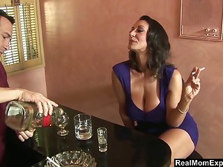 Jaw dropping brunt milf Persia Monir gets the brush pussy licked and fucked