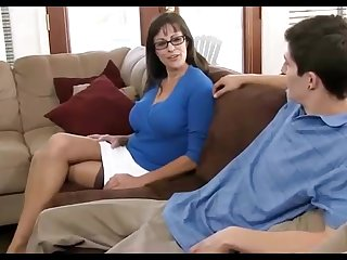 Dark haired mummy loves wearing ebony pantyhose, while hotwife on her economize on everywhere the living apartment