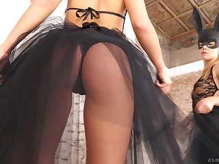 Sexy bitch in bunny outfit Alexis Binoculars gets double penetrated