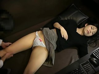 Smarting A Drunken Girl In A Japanese Porn Video