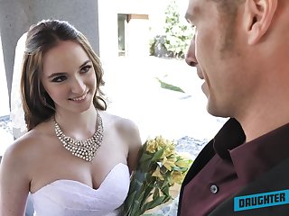 Depraved bride Jazmin Luv competes in giving a average solid blowjob