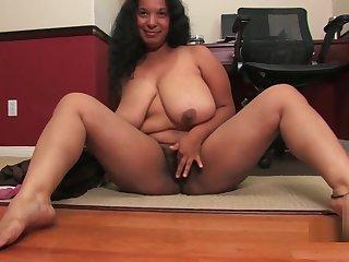 Delilah (Camelia Davis) 02
