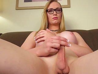 Amateur spex tranny solo rubbing cock