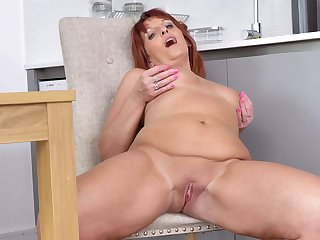 Lover Diamonds is a redheaded bombshell that excels at masturbating