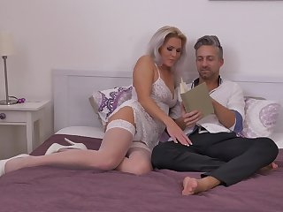 Wild fucking with a facial ending for preferred MILF Kathy Anderson