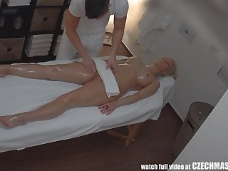 Tattoed Girl - Peaches Fucked During Massage