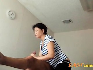 Asian Massage Parlour Old Asian Sprog Makes Buyer Ejaculate